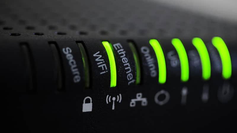 Router és WiFi beállítás, hálózat építés